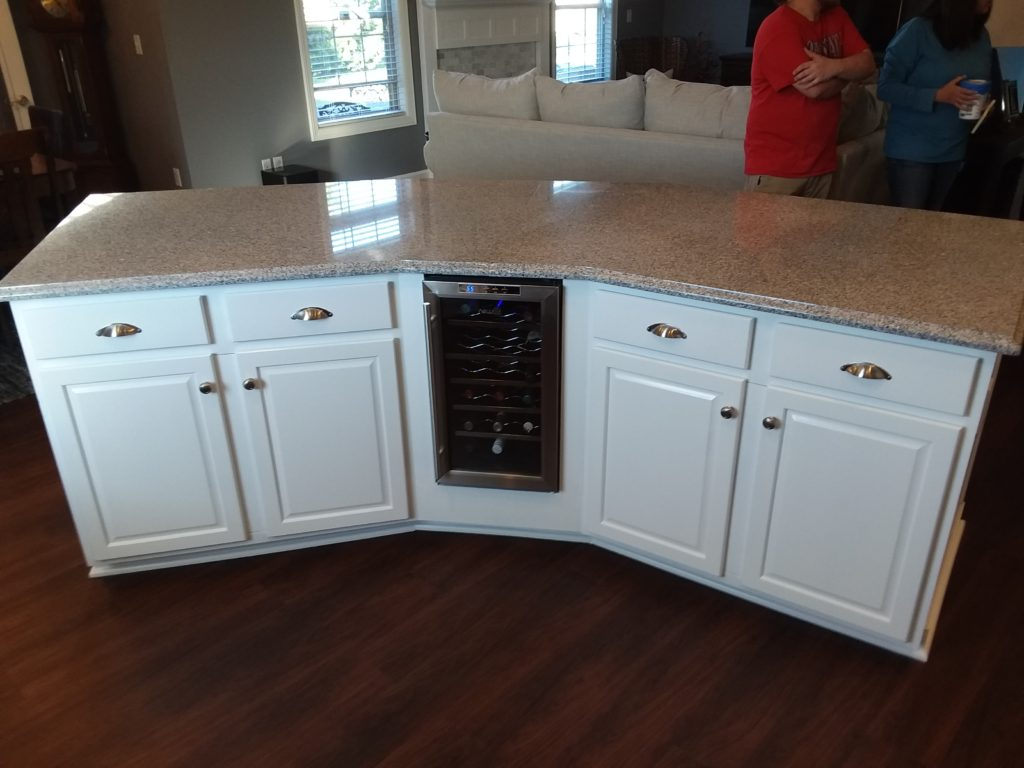 kitchen cabinet painting staining in Columbus, Ohio and Central Ohio